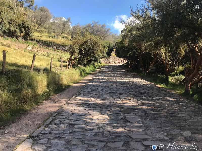 Tombomachay - Strada di accesso